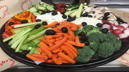 Fresh-Vegetable-Tray-Cartwright's-Deli-Oregon